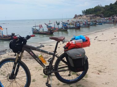 Jefni Amat bike tour to Thailand
