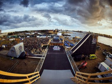 Sweden's Emil Johansson continued his dominant streak in competition, leaving the 21 remaining riders at the inaugural Red Bull Copenride in Copenhagen to compete for silver in the weather-affected competition.
